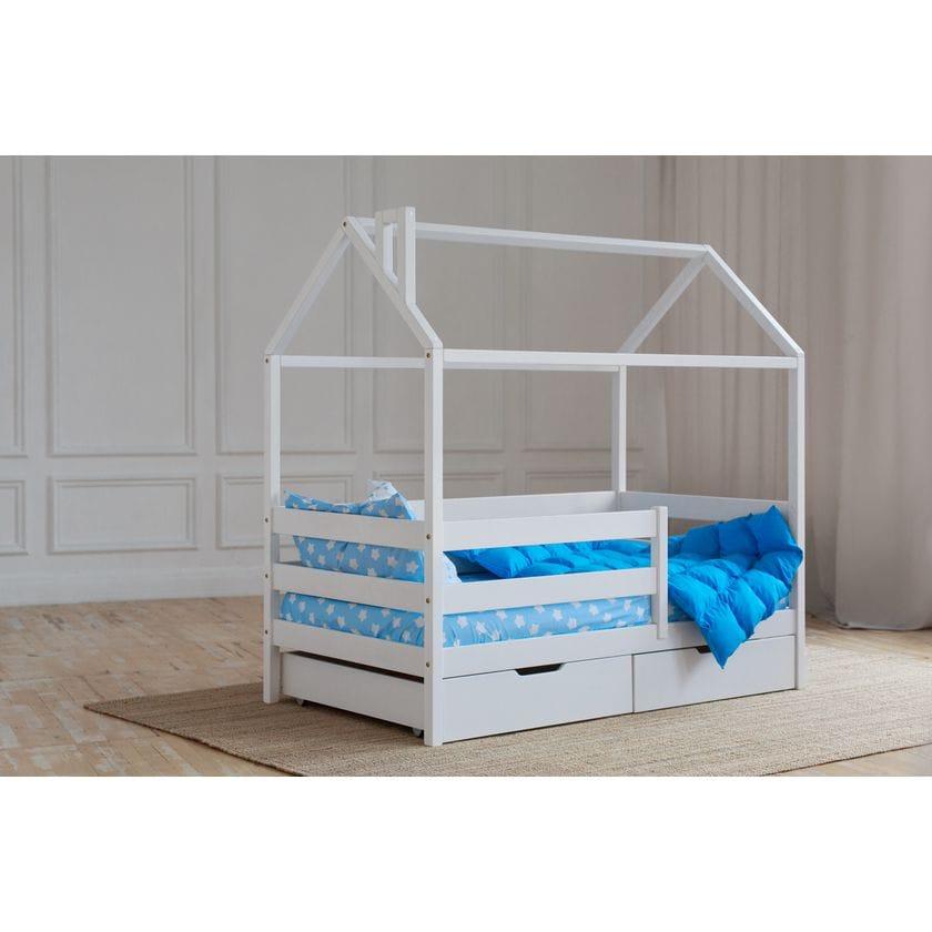 Кровать домик из натурального массива